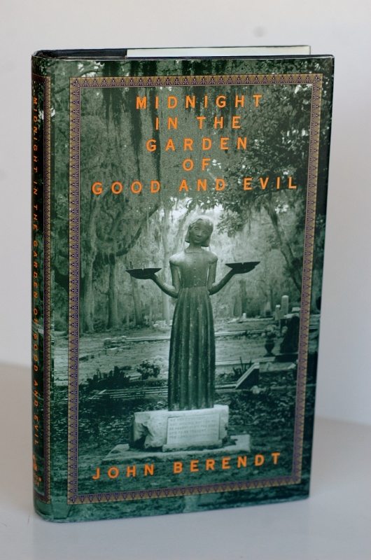 Midnight In The Garden Of Good And Evil #2 copy A Savannah Story. John Berendt.